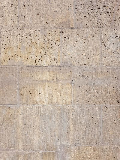 Surface level of concrete wall