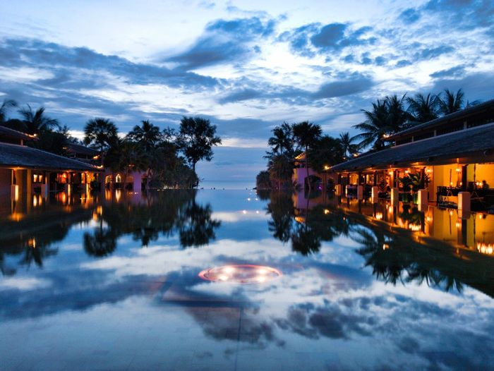 Reflection Water Dusk Sky Architecture Built Structure Waterfront Outdoors Cloud - Sky Illuminated Building Exterior Nature Tree Lake No People Scenics Night Beauty In Nature