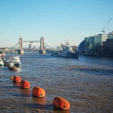 What a glorious day to be out and about in LondonTown! London Indiansummer Towerbridge Thames river sunshine city