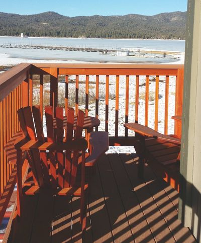 Take a seat and look at the beauty that surrounds you. Carefree Simplicity Bigbearmountain Bigbear California Snowcoveredmountains Nature Bigbearlake Happiness Pourch Shadows Bright White Snow Snowday Contrast Beautiful Outside Outdoors Cold Weather Clear Sky