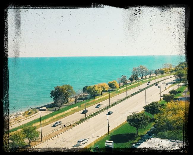 The city of Chicago.... Well the river anyway Vacation Notallofchicagoisbad Findthegood