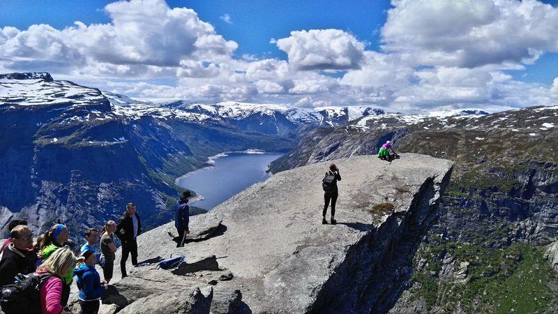 Norway Trolltunga Hiking My Year My View Oppositesite Difficult No Pain No Gain! Travel The World 🌍🌎🌏