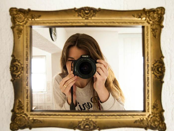 Gold Canon Gold Mirror Portrait 43 Golden Moments