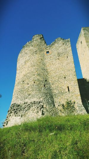 Castello Resolution: 5312x2988. By Eddy. Castle Monuments