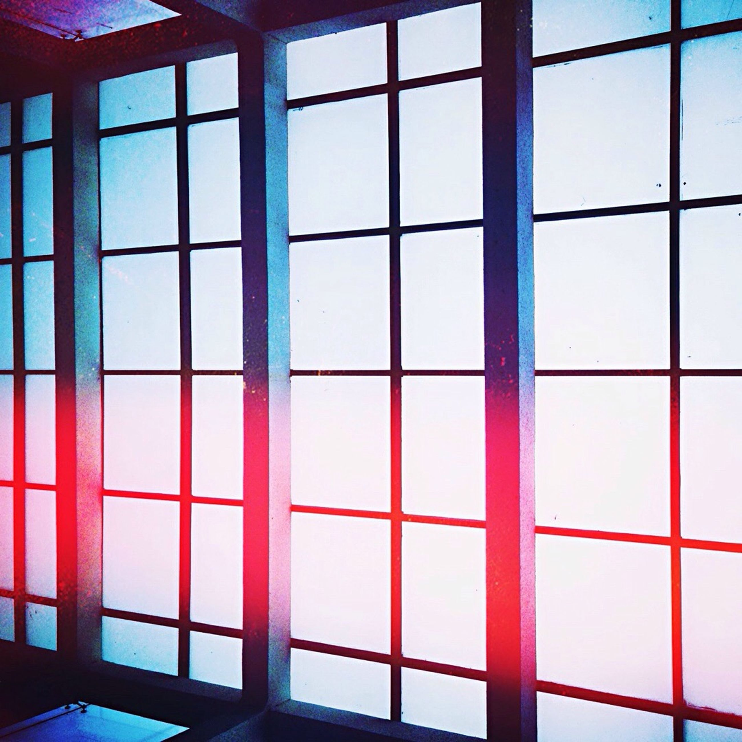window, indoors, glass - material, transparent, architecture, built structure, full frame, pattern, square shape, geometric shape, glass, backgrounds, reflection, day, building exterior, no people, modern, shape, design, wall