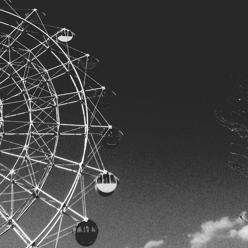 Blackandwhite Monochrome Ferris Wheel The Explorer -2014 Eyeem Awards