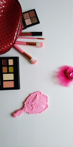 Cosmetic Cosmetics & Glamour Beauty Beauty Product Perfume Nail Polish Females Pink Color Make-up Lipstick Beauty Beauty Product Studio Shot Sweet Food Blush - Make-up Make-up Brush