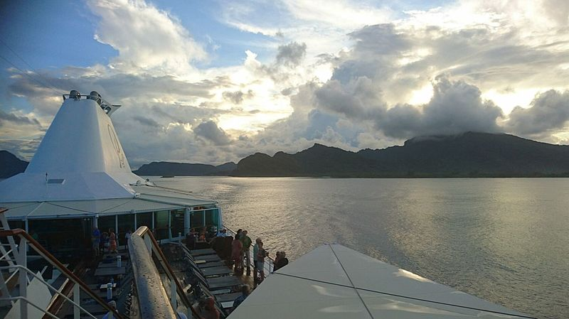 Feel The Journey on board to the islands of the South Pacific Paul Gauguin French Polynesia Smartphonephotography