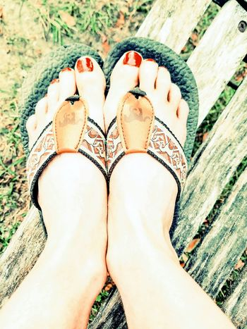 Red Nail Polish Flip Flops Red Toes 💅♣️ The Portraitist - 2017 EyeEm Awards The Great Outdoors - 2017 EyeEm Awards The Photojournalist - 2017 EyeEm Awards EyeEmNewHere