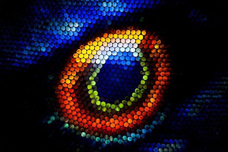 Multi Colored No People Close-up Textured  Straws Strawcamera Eye Circles Illuminated Abstract Pixelated Pattern Animal Eye Bird