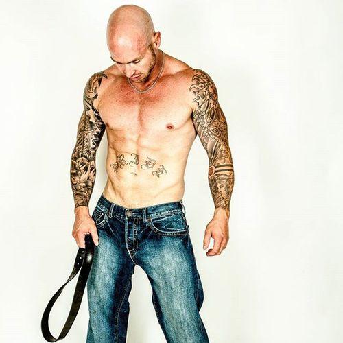 @matt_hvidsten Tattoos Sexy Bellyrocker Sleevetattoos Tattoos Tattooed Fitfam Fitness Fitnesscompetitor Gym Eatsleeptrain Baconandbarbells @baconandbarbells.co