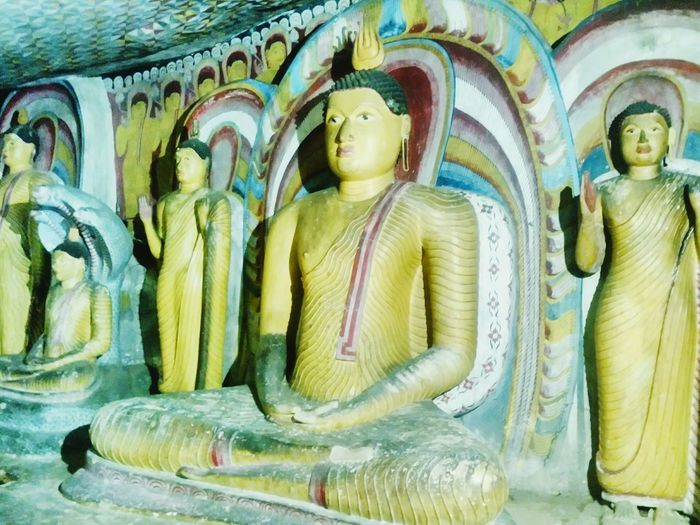 Buddhas Color Sri Lanka Ceylon Exotic Asian  ASIA Heritage Traveling Exoticism Travel Destinations Rock Travel Architecture Landmark Monument Buddhist Temple Buddhism Buddha Statue Asian Culture Cave Golden Painting UNESCO World Heritage Site Unesco Religion Sculpture Statue Buddha Spirituality Place Of Worship