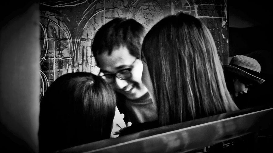 2018/7/29 速寫朋友 於鶯歌陶瓷博物館 Taiwan Museum Friend Bw_lover Bw BW_photography B&w Photo B&w Bw Photography B&w Photography Bwphotography Young Women Togetherness Friendship Men Holiday Moments EyeEmNewHere