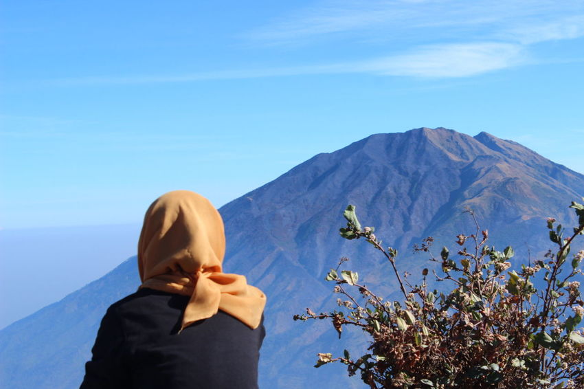 Throwback Mountains And Sky Nature One Person Sky Mountain View