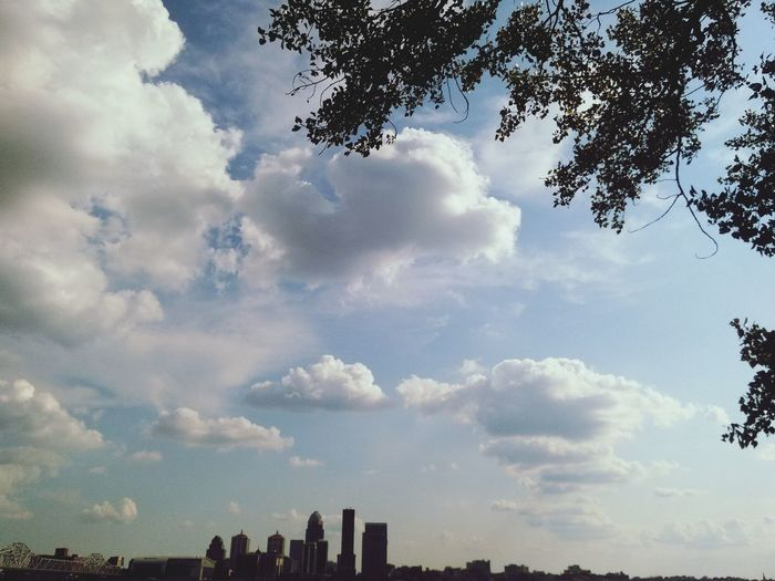 Clouds And Sky Cityscapes Sunshine Peaceful