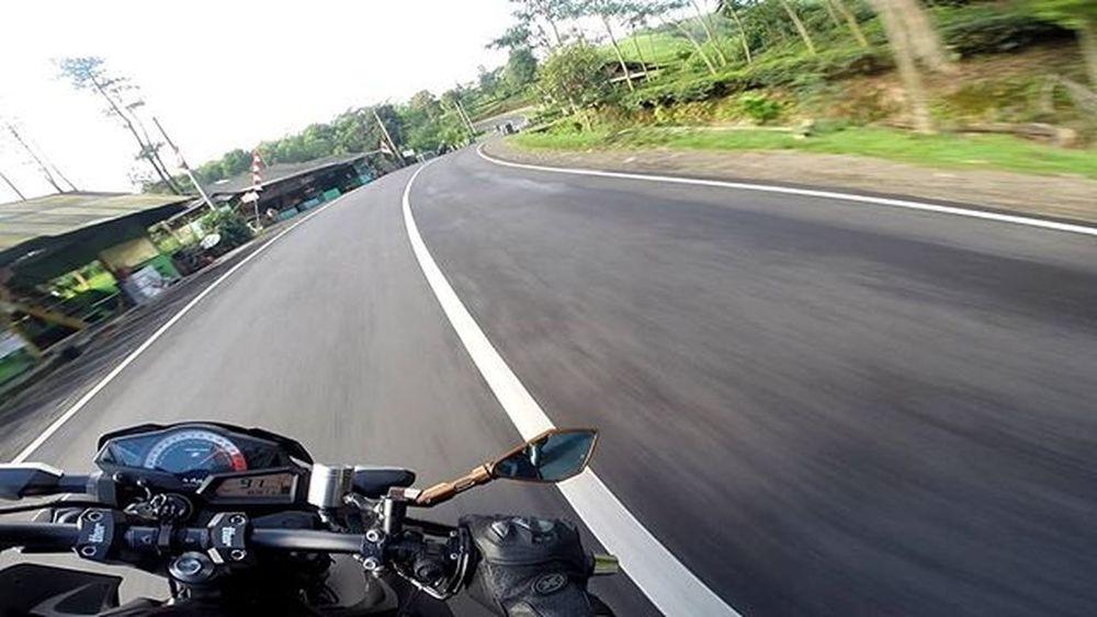 Motorcycle Kawi Kawination Kawasakiz250 Kawasaki Z250 Nakedbikenation NakedBike Ixs Eatsleepshift🔃 Komine Gopro Gopro3plus Goproblackedition Goproeverything Goprooftheday Goprohero3 Gopro_moment Val  2016 😚 RideOrDie