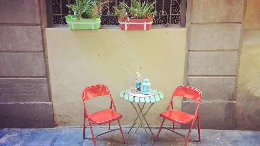 Chair Table No People Cafe Flower Day Outdoors Red City Moment Youandme Relax
