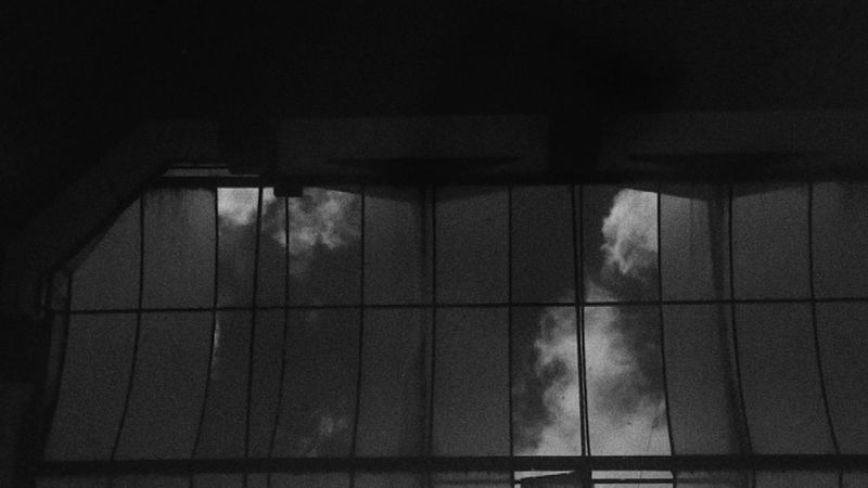White Color Black & White Black White Eskişehir Blackandwhite EyeEm Selects Turkey Manavgat Antalya Muğla,Türkiye Akyaka Muğla Akyaka Muglauniversitesi Sıtkı Koçman Üniversitesi Indoors  Window Architecture Built Structure No People Day Close-up