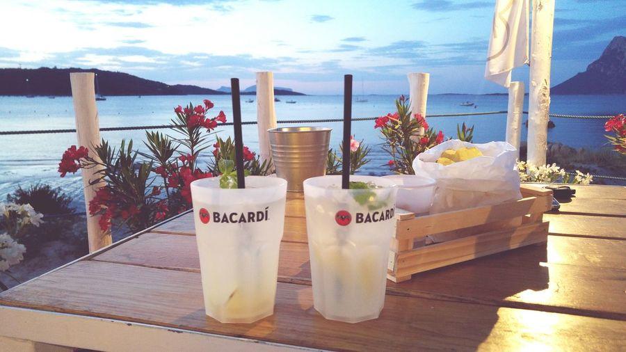 Drinking a Moscow Mule Drinks Drink Drinking Happyhour Aperitif Aperitivo  Aperitivo Time Aperitif Time Sunset Tramonto Tramonti_italiani Sardegna Sardegnaofficial Summer Summertime