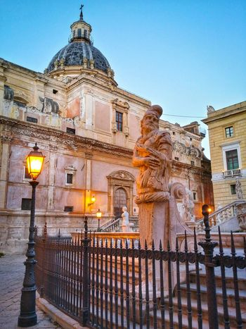 Piazza Pretoria Palermo Sicily Italy Travel Photography Travel Voyage Traveling Mobile Photography Fine Art Baroque Architecture Squares Fountains Statues Ironwork Fences Balustrades Churches Historical Buildings Street Lights Dusk Light Giallo A Palermo Tutti I Particolari In Cronaca Palermo Mellow Yellow