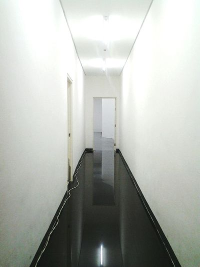 All White Hallway White Room Mobile Photography Eyeem Photography HowISeeWhatISee Keep Shooting