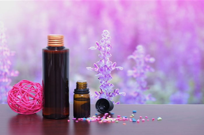 spa oil bottle Aromatherapy Aromatherapy Aromatherapy Oil Beauty In Nature Bottle Close-up Flower Flower Head Freshness Lavender Lavenderflower Nature Perfume Perfume Sprayer Spa Day  Spa Design Spa Time Spa Treatment