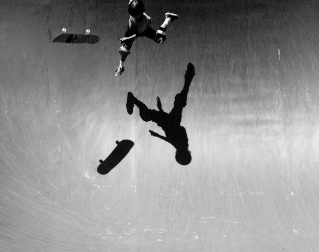 Flying sketboard