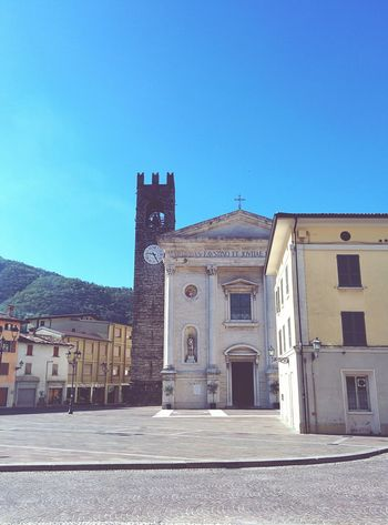 La piazza, il bar, la chiesa. Il paese. Here Belongs To Me Paese Square Church Bar Vivid Colours  Sunday Morning Empty Places