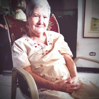 Grandeza Humildad Sabiduria Abuela Amor Respeto Anos Alegría