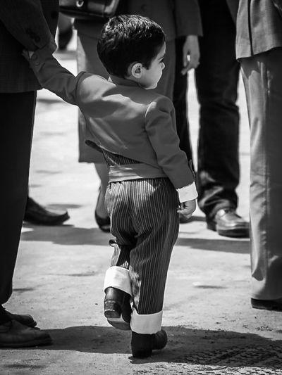 Feria de Abril de Sevilla. Andalucía. España. Seville Feria De Abril Andalucía Andalusia Fotocallejera Streetphotography Monochrome Blackandwhite