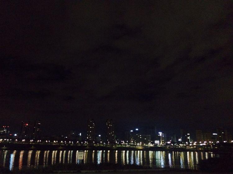 4:00AM Han River