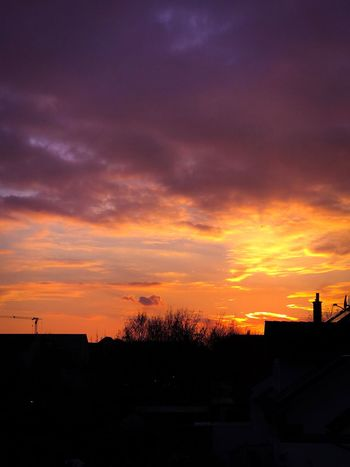 Sunset Beauty In Nature Cloud - Sky Gold Sky Rooftops