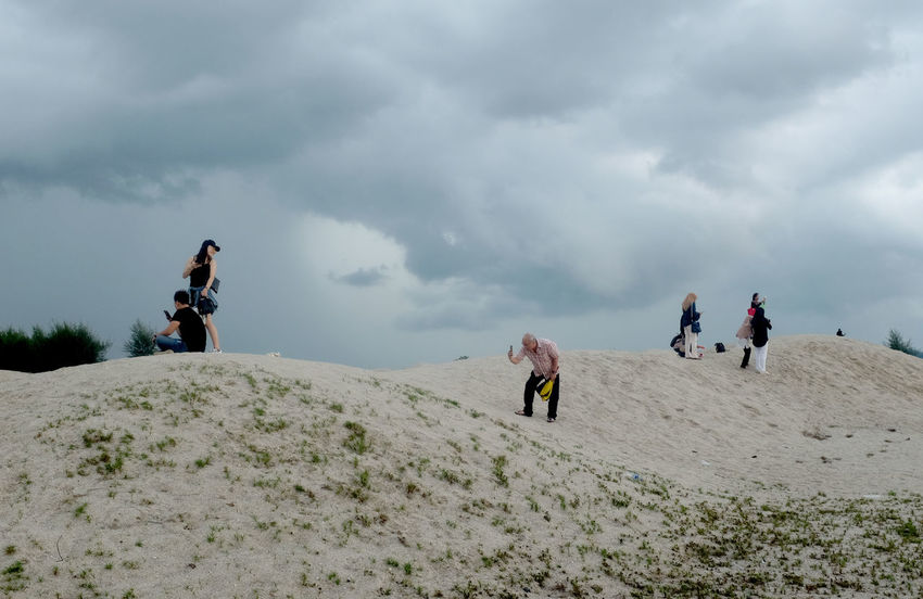 Tourist taking photograph Tourist Sand Melaka Photography Cloudy Foreigner Reclaiming Beach Cloud - Sky Group Of People Sky Leisure Activity Activity Men Nature People Adult Hiking Adventure Mountain Lifestyles Day Land Holiday Sport Women Real People Outdoors Autumn Mood