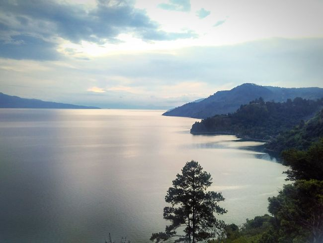 view at 18.30 TOBALAKE Indonesia_photography Medan Tourism Relaxing Nature Naturejunkie