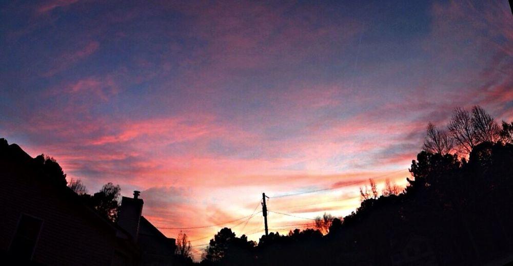 Sunset first day of December. Sunset #sun #clouds #skylovers #sky #nature #beautifulinnature #naturalbeauty #photography #landscape WeatherPro: Your Perfect Weather Shot EyeEm Best Shots - Sunsets + Sunrise Cloud Porn