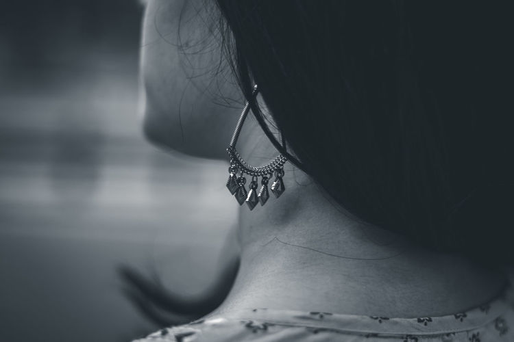 Details of a craftsmanship One Person Human Body Part Jewelry Midsection Adult Women Body Part Necklace Focus On Foreground Close-up Human Neck Real People Lifestyles Indoors  Fashion Females Human Skin Skin