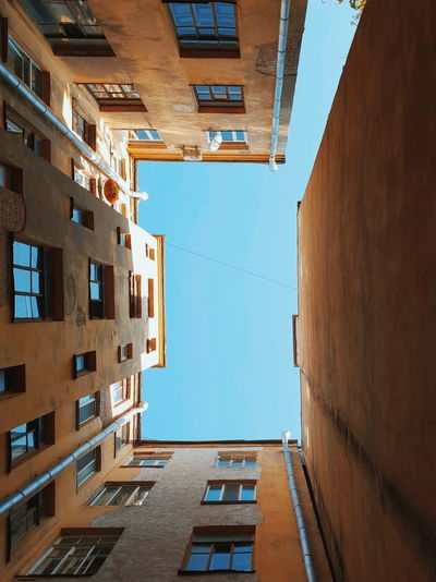 Old Withgalaxy снятонаgalaxy Санкт-Петербург Saint Petersburg Outdoors Building City Business Finance And Industry Window Sky Architecture Low Residential Structure Exterior Run-down Residential District Residential Building Human Settlement A New Perspective On Life