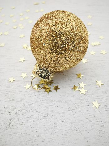 Holiday bauble Baubles Gold Glitter Glitter & Sparkle Xmas Xmas Decorations Xmas Time Christmastime Christmas Time Christmas Decorations Christmas Spirit Christmas 2016 Christmas 2017 Weihnachten