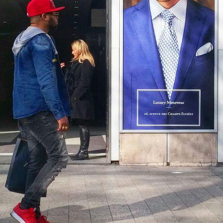 Champs Elysees Paris, Street Fashion ChampsElyseesParis Champselysées Avenue Des Champs Elysees Street Fashion Paris, France  Paris ❤