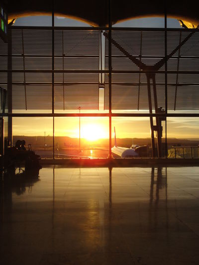 Airport Airport Terminal Airport Waiting Dawn Dawn Of A New Day Sunlight Sunlight ☀ Sunsine