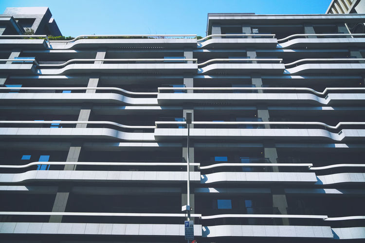 Building line A6300 Home Structure Structures & Lines Moments Of Life Niceday Light And Shadow Low Angle View Building Building Story Building Line LINE Lines Lines&Design Lines And Angles Beautiful Modern Looking Watching Timepass Colors Apartment Social Issues Closing No People City