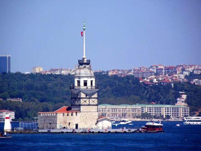 The Maiden's Tower Sea Landscape Konstantinapolis istanbul, turkey