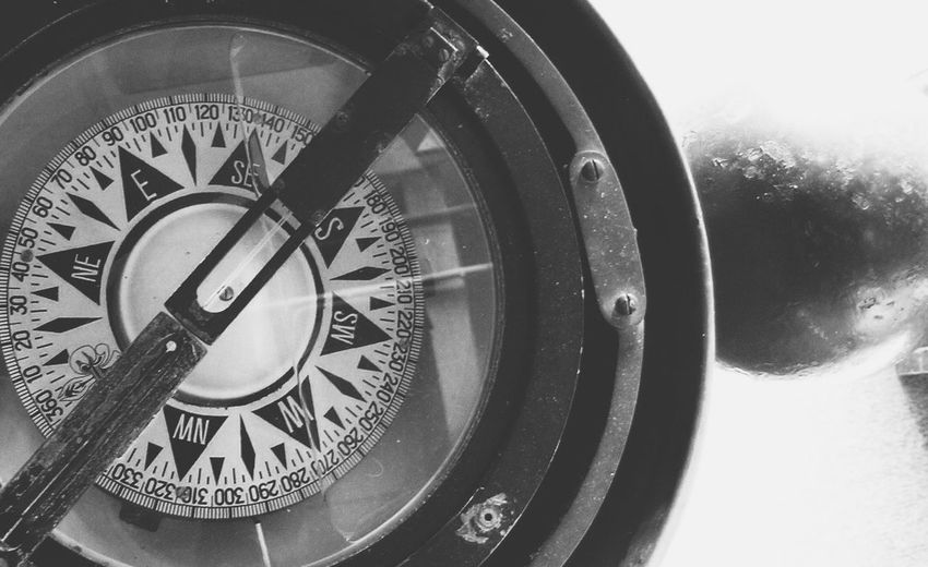 An old compass. Hello World Traveling Travel Travel Photography History Sailing Sailboat Light And Shadow Rhode Island USA