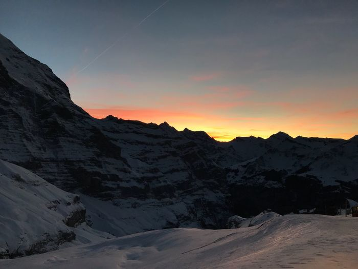 Be. Ready. Sunset Jungfrau Switzerland Swiss Alps Swiss Mountains Swissmade Swiss Sunset Swissbeauty Swissalps Swiss Switzerland Alps Switzerlandpictures Switzerlandwonderland Switzerland_vacations Lost In Nature Switzerland🇨🇭 Mountain Sunset_collection Sunset Mountains Mountain Sunset Goodnight Step It Up The Great Outdoors - 2018 EyeEm Awards The Great Outdoors - 2018 EyeEm Awards