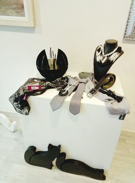 Indoors  Table Shop Atelier Design Lamp Palmanova Made In Italy Art And Craft Cats Black Color Art