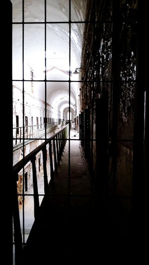 Looking To The Other Side Eastern State Penitentiary Pennsylvania Prison Haunted Jail Jail House Historical Building History Through The Lens  Learn & Shoot: Layering