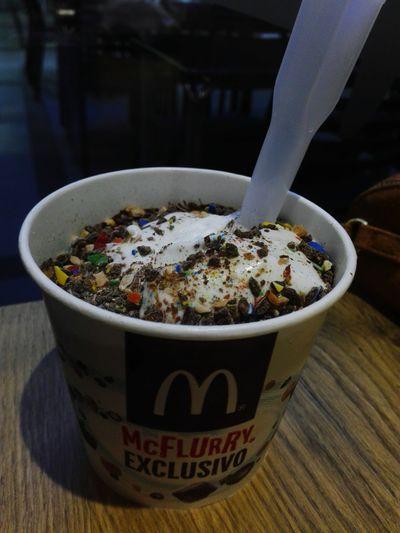Delicious Delicious Yummy Yummy Food McFlurry  Mc Flurry Mc Donald's Mc Donalds Mc Donald Mcdonalds McDonald's McDonald Icecream Icecream🍦 Ice Cream