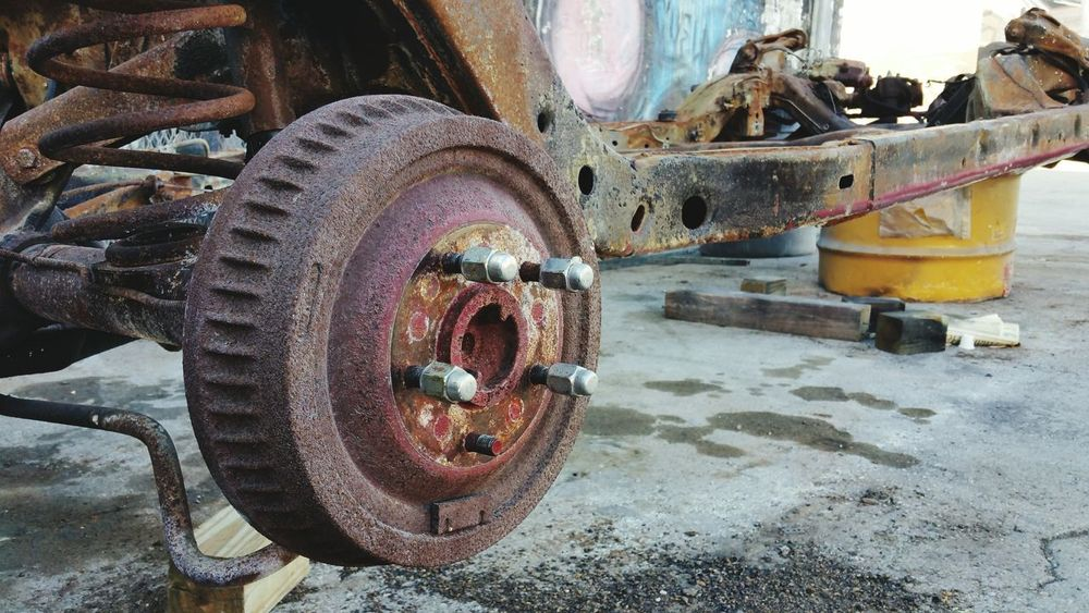 Changing The Brakes Check This Out! Junk Cars