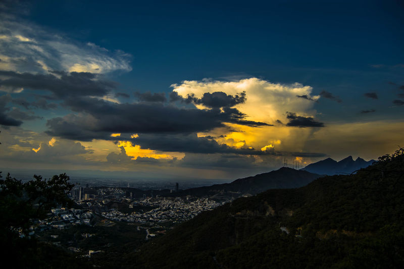 Sunset mty Sunset Landscape Cloud - Sky Nature Tree Mountain Yellow Night Beauty In Nature Outdoors Sky