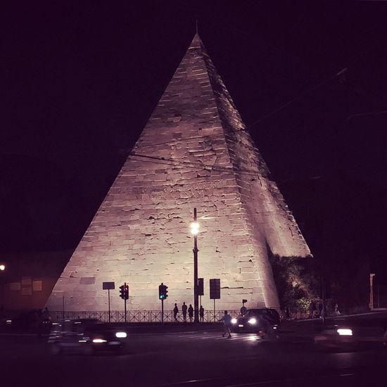 Piramid Architecture Built Structure Night Illuminated Sky Building Exterior The Traveler - 2018 EyeEm Awards Travel Building Tower Tourism The Traveler - 2018 EyeEm Awards